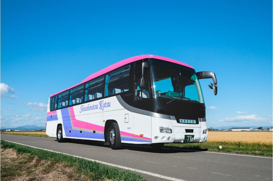 大型バス(60人乗りタイプ)