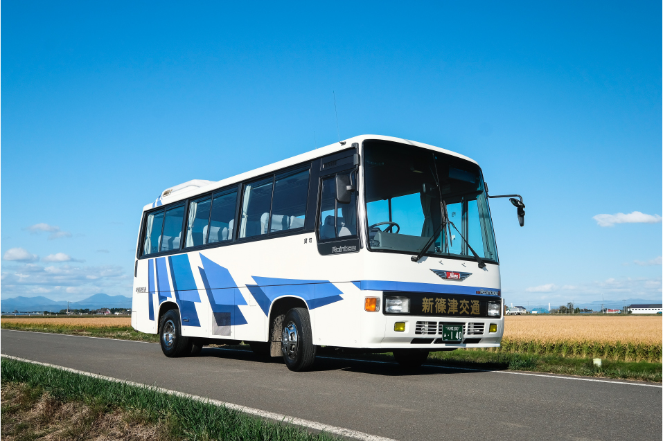 小型バス(28人乗りタイプ)